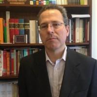 Dr. Álvaro Rodríguez Azcúe