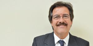 Dr. Raúl Gamarra